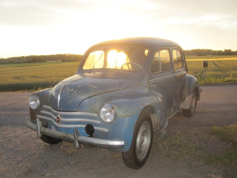 Renault 4cv suede