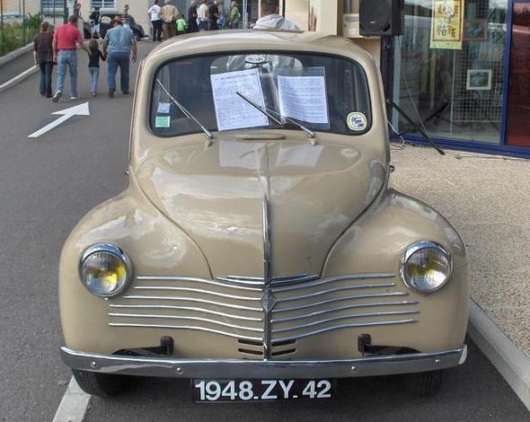 renault-4cv-1948-9.jpg